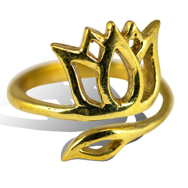 <span>RBR-018<span>: </span></span>Crowned Lotus - Brass Ring