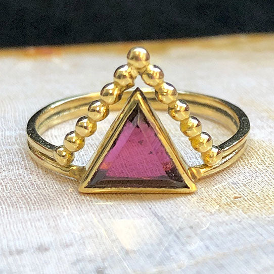 <span>RBR-053<span>: </span></span>Crowned Triangle Ring - Brass