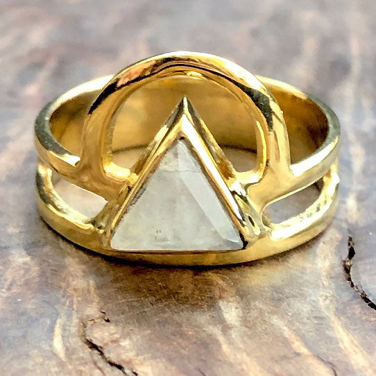 <span>RBR-059<span>: </span></span>Moonstone Rising Triangle Ring - Brass
