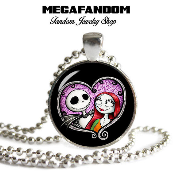JACK /& SALLY NIGHTMARE BEFORE CHRISTMAS GLASS PICTURE PENDANT NECKLACE