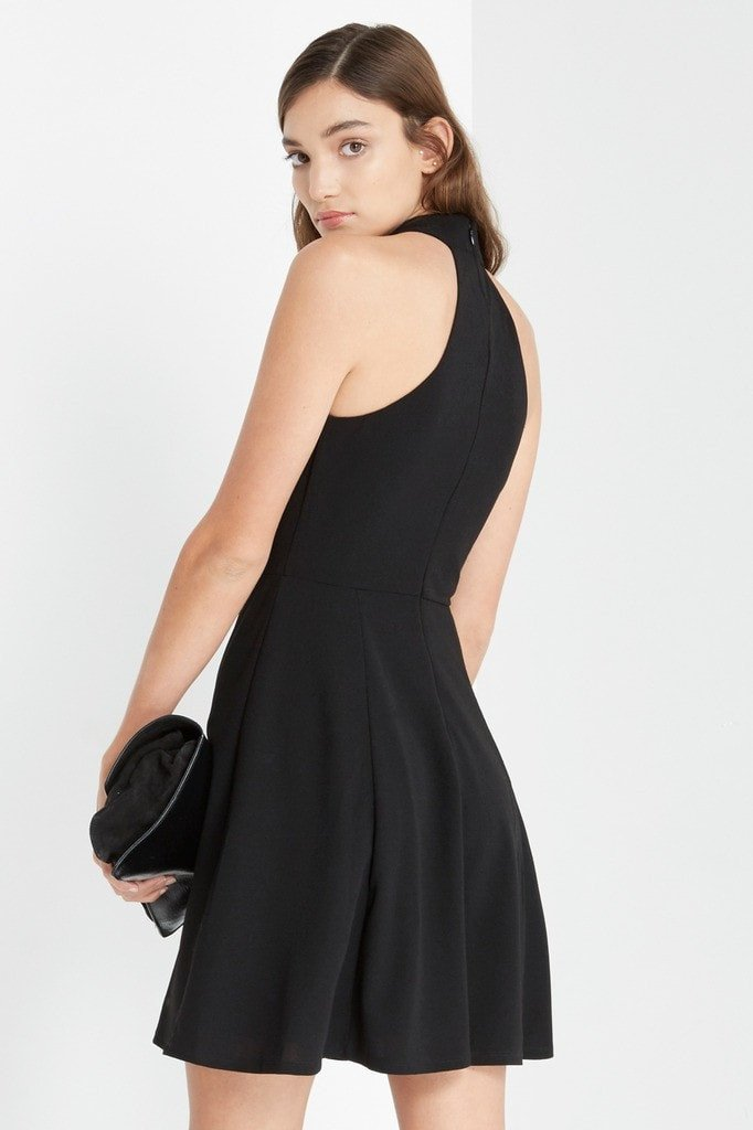 Poshsquare Dress Black Moden Fit and Flare