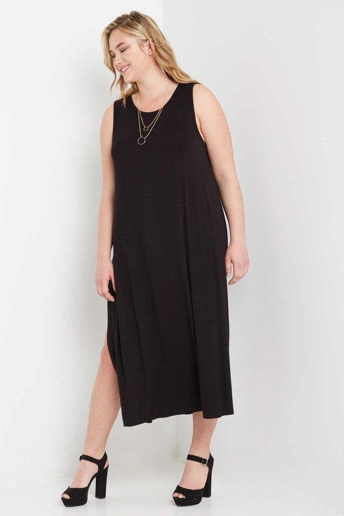 Poshsquare Plus 3XL / Black Side Slit Maxi Dress Plus Size