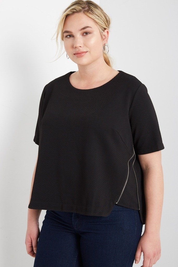 Poshsquare Plus Avah Ribbed Zipper Top