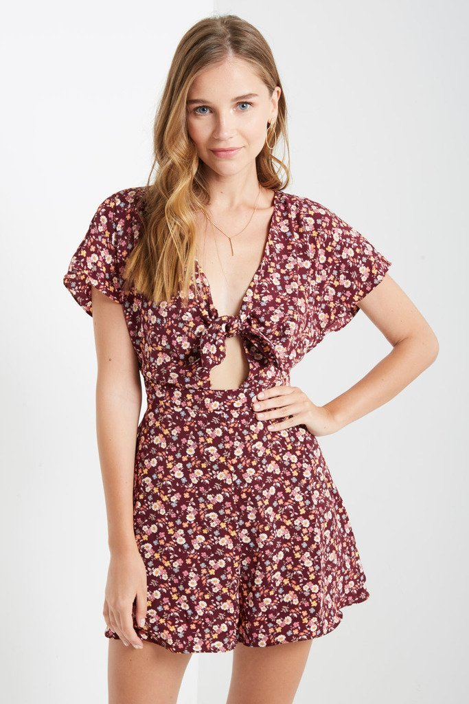Poshsquare Romper S / Burgundy Petals In The Wind Romper
