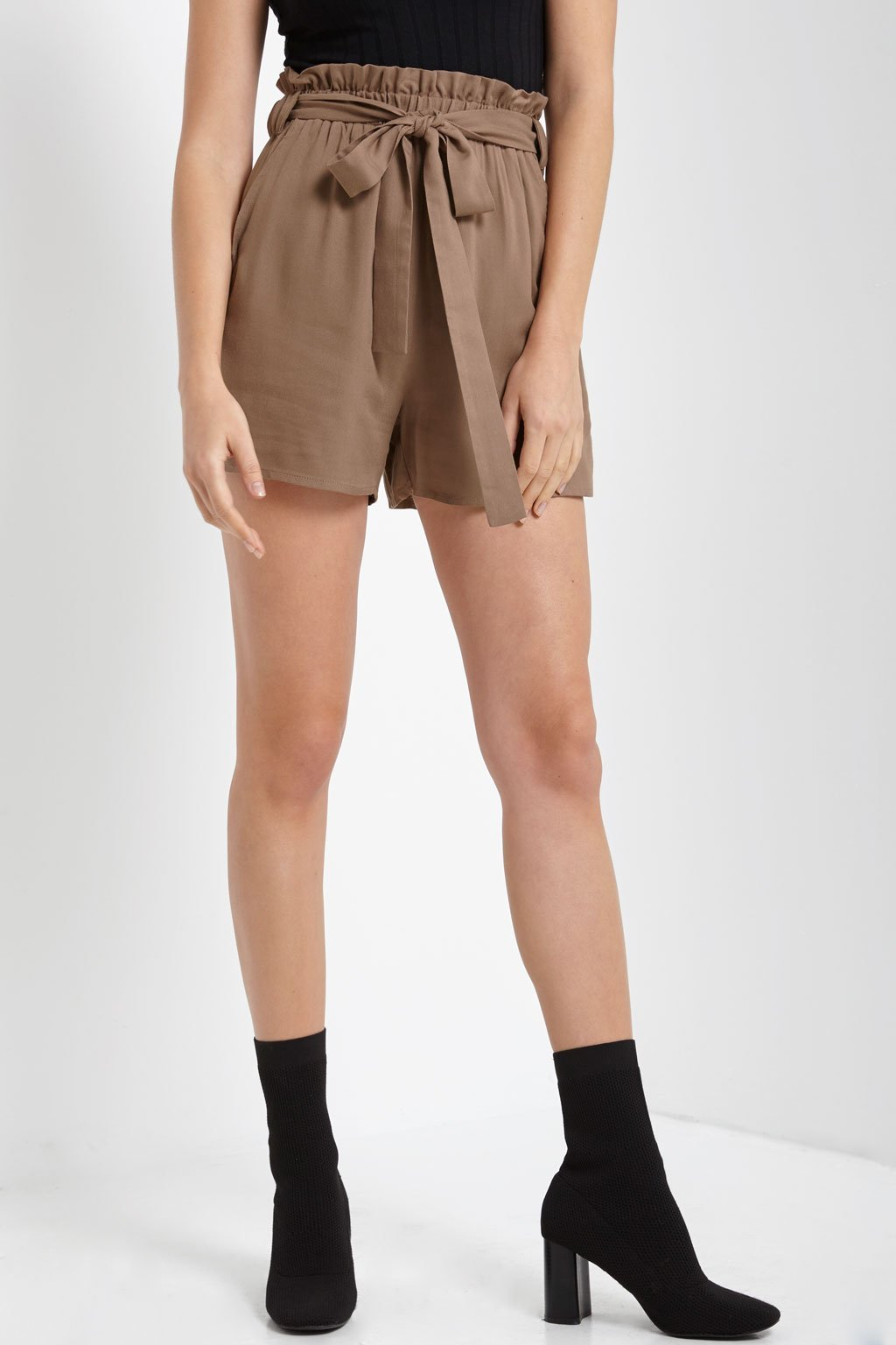 Poshsquare Shorts S / Tan Belted Tie Front Shorts
