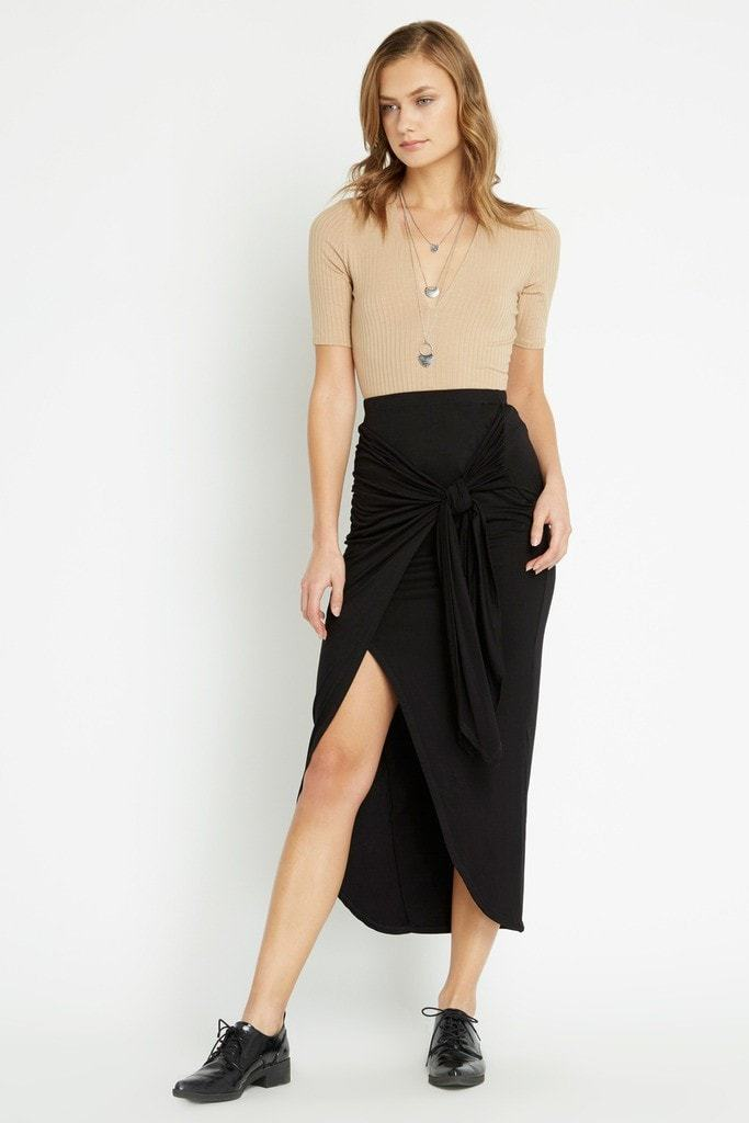 Poshsquare Skirts S / Black Black Front Center Maxi Skirt
