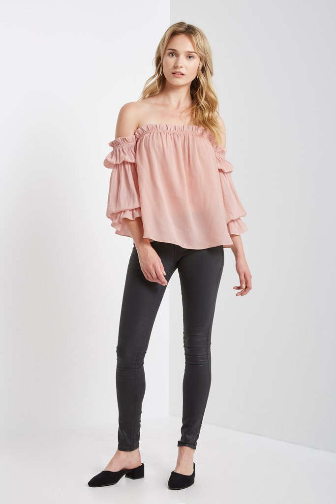 Poshsquare Tops S / Blush Prowl Off the Shoulder Top