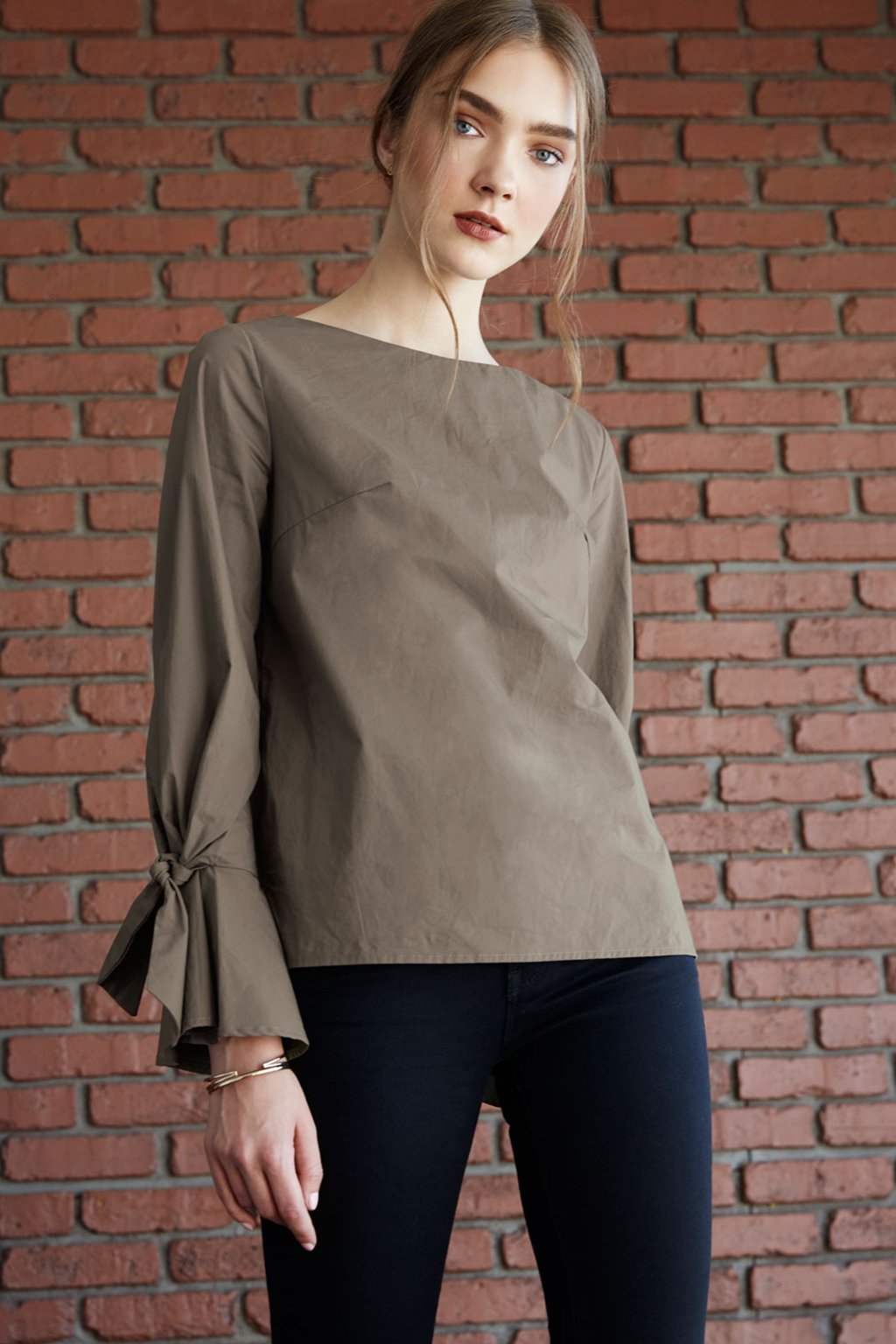 Poshsquare Tops XS / Olive Monay Olive Long Sleeve Top