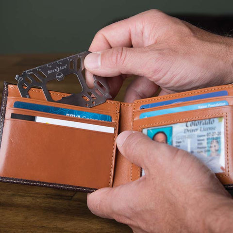 FINANCIAL TOOL® MULTI TOOL CARD