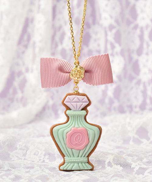 [Q-pot. X Misako Aoki] Classic Rose Perfume Sugar Cookie Necklace - Mint