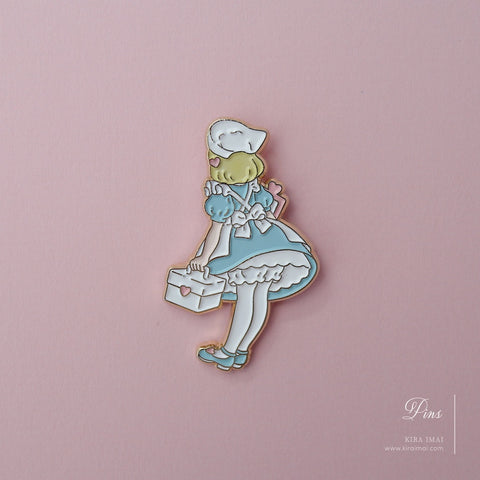 Heart Holic (B) Pin Badge