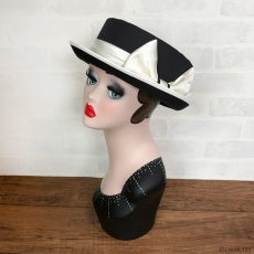Modern Hat - Black/White