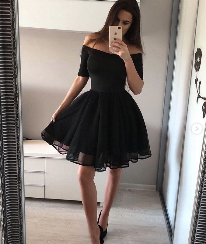 simple black short homecoming dresses