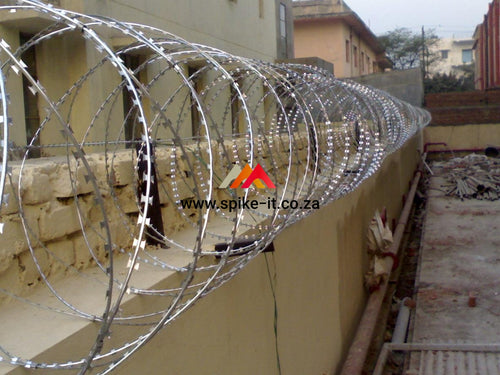 Razor wire security barrier