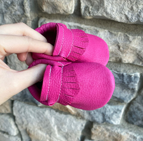 LIMITED Hot Pink Elk moccasins