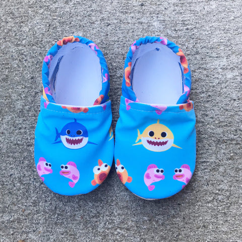 BABY SHARK SWIM BOOTIES