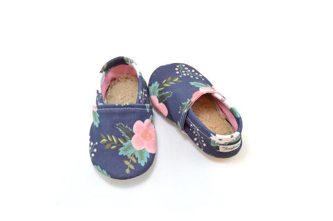 NAVY FLORAL ORGANIC BOOTIE