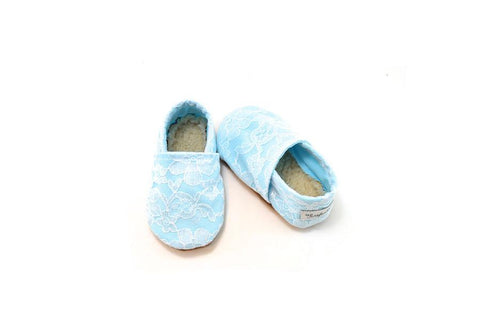 BABY BLUE LACE BOOTIE