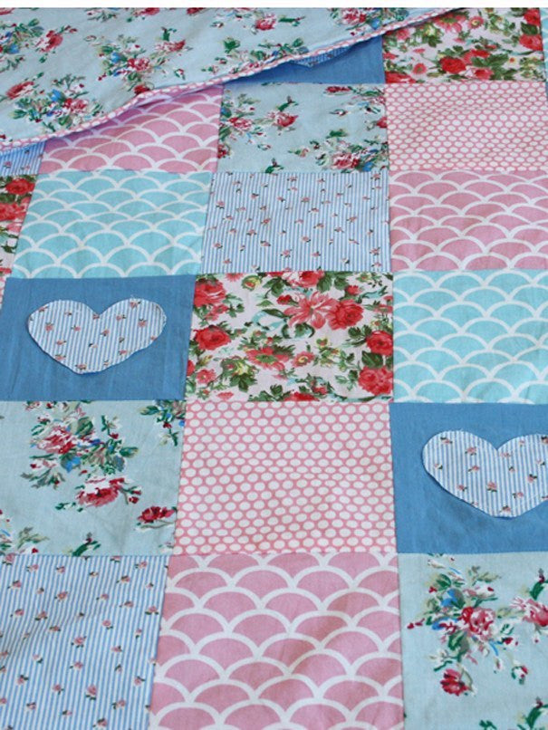 Colcha Heart & Floral Baby
