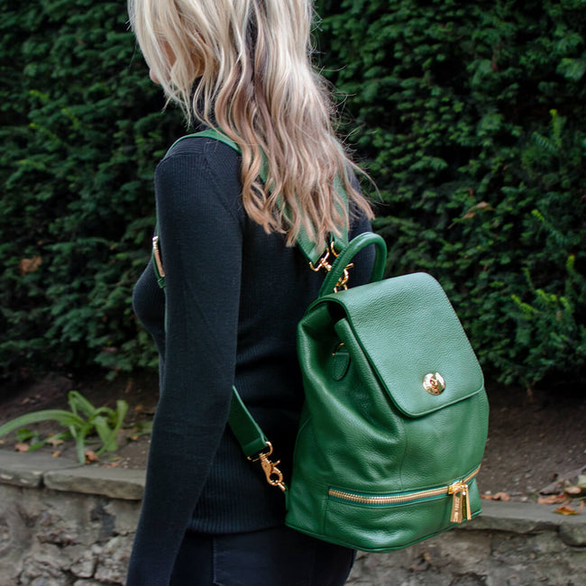 The Classic Backpack - Green