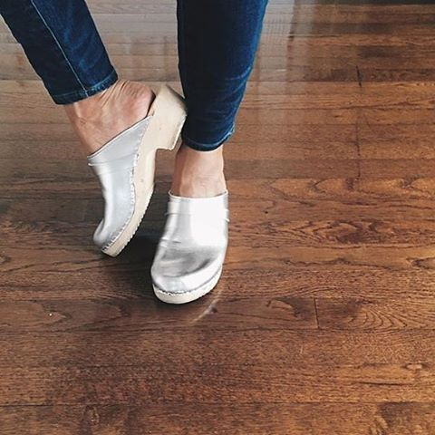 Silver clogs Lotta from Stockholm for alternative brides