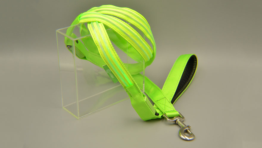 illumiseen-led-dog-leash