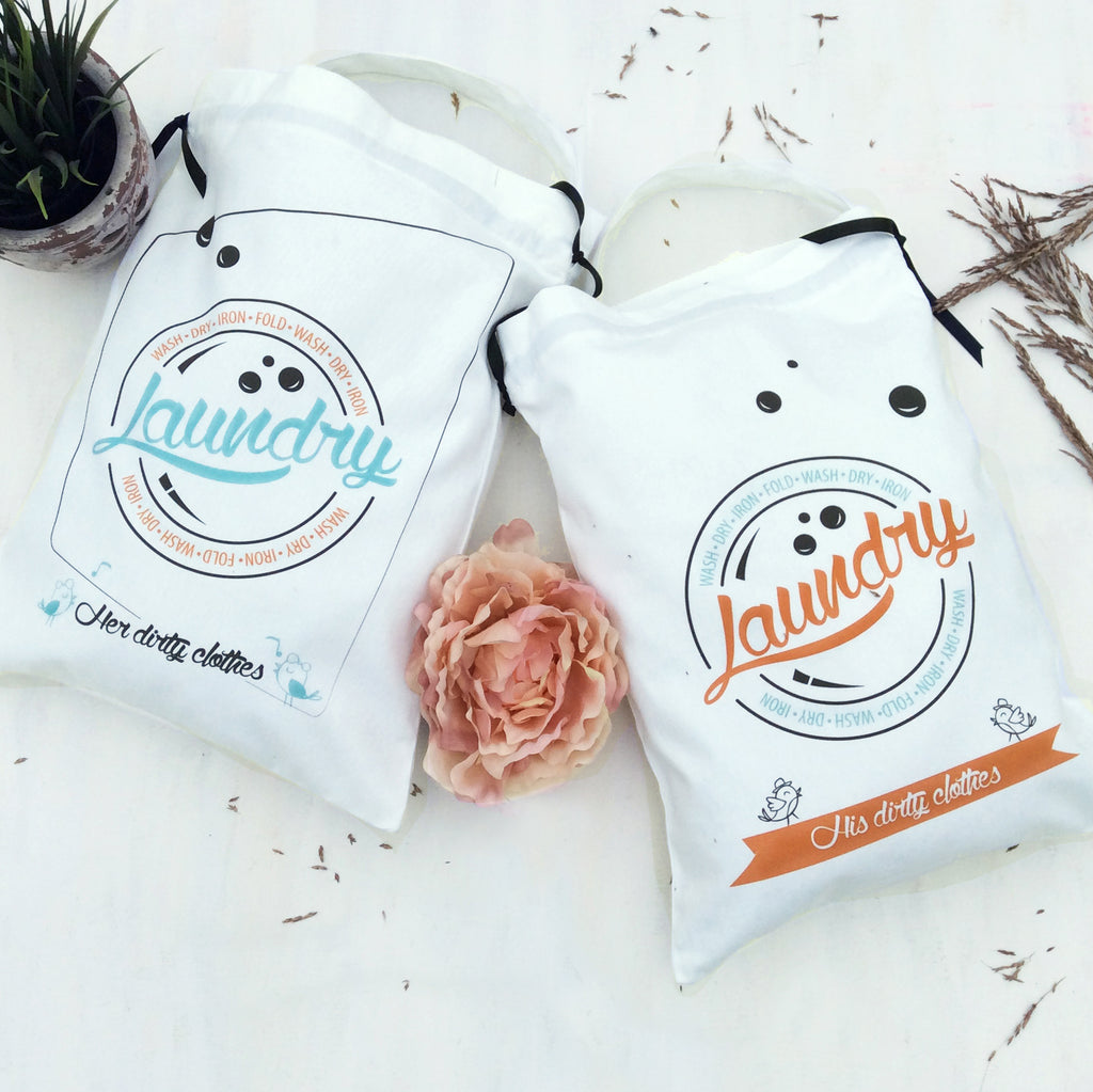 His and her mini travel laundry bags, a must have for all your trips. #couplegoals