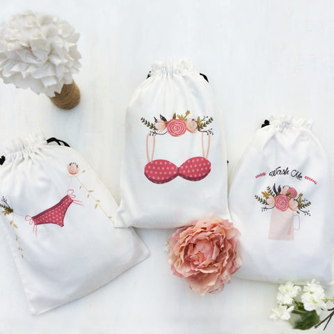 Set of 3 charming lingerie bags perfect for women who love to travel. These chic fabric travel bags are lightweight, washable and resuable many times over.