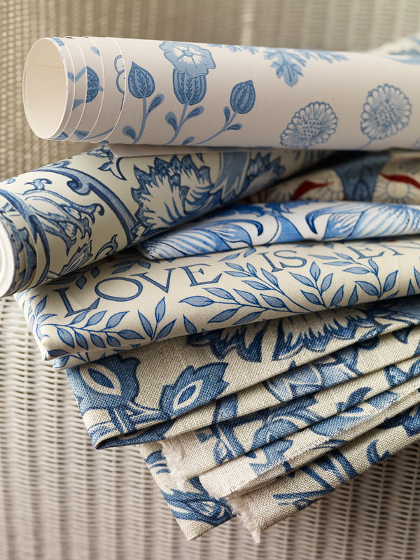 William Morris – Archive 2 Prints & Wallpapers