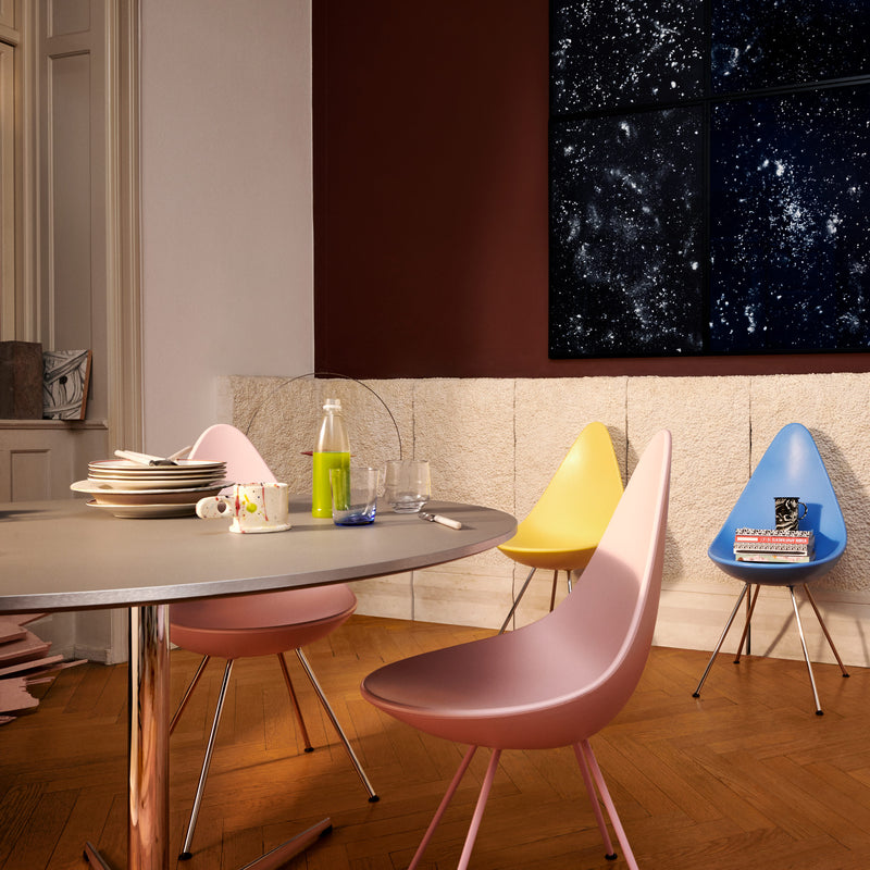 Fritz Hansen 'Drop' Chair 2019 Roomset