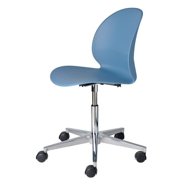 Fritz Hansen N02-30 Recycle Chair - Swivel Base by Nendo Light Blue