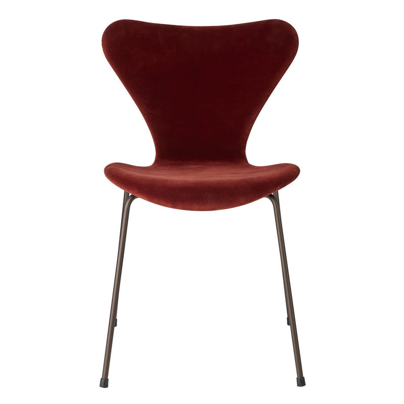 Fritz Hansen 'Series 7' Chair - Velvet Edition Autumn Red