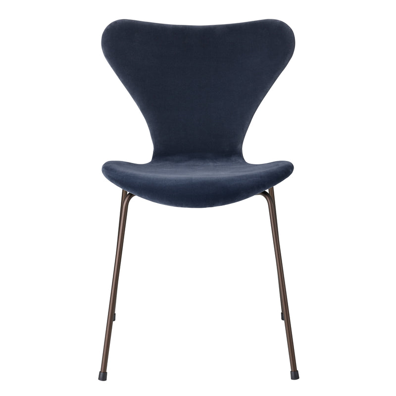 Fritz Hansen 'Series 7' Chair - Velvet Edition Grey Blue