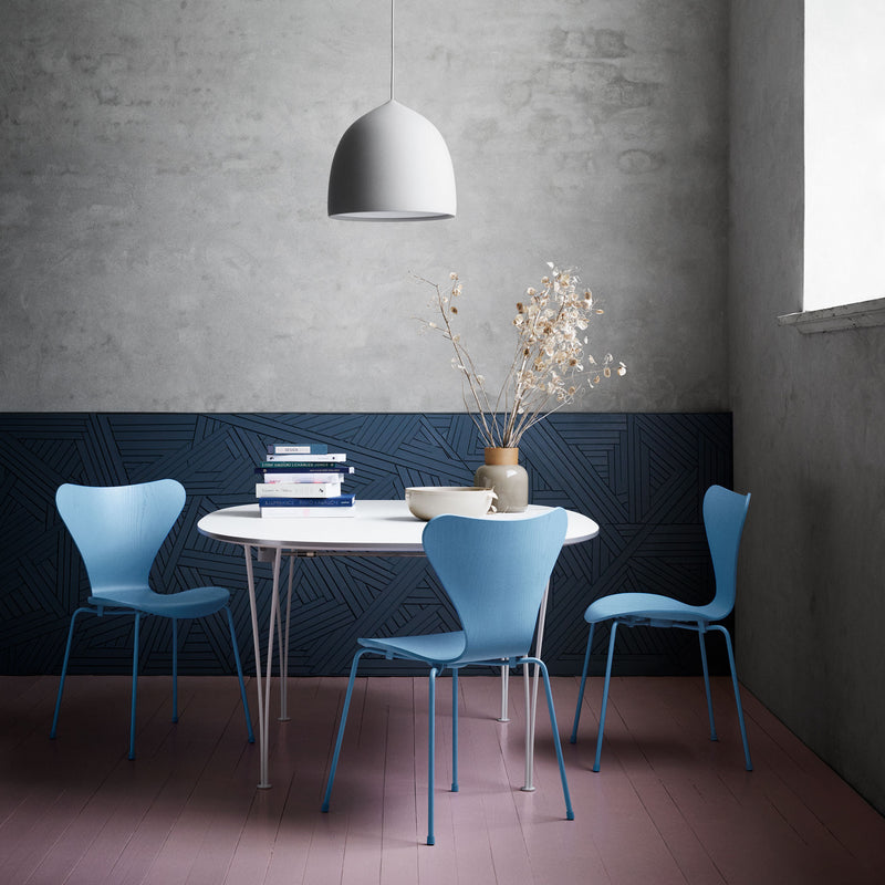 Fritz Hansen 'Series 7 Chair' by Arne Jacobsen - Monochrome Blue Room Setting
