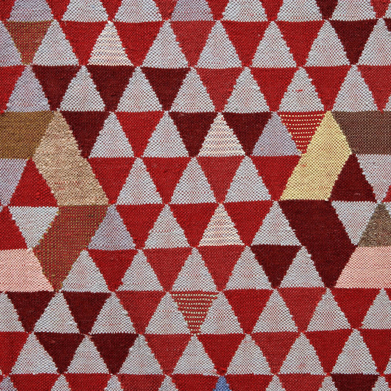 Golran 1898 Trianglehex Sweet Pink Rug by Bertjan Pot Detail