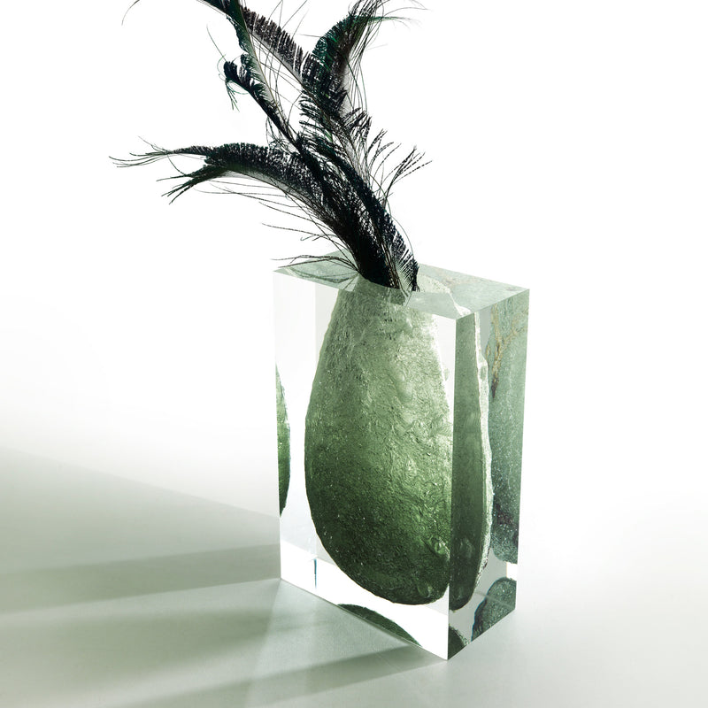 JCP 'Glacoja' Vase by Analogia Project Emerald Roomset