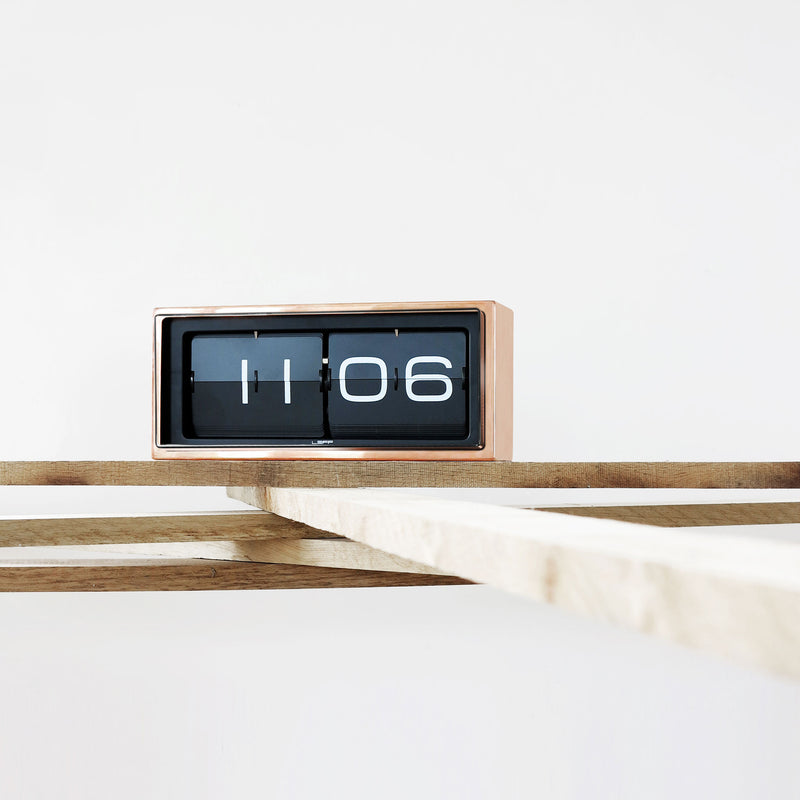 Brick Clock Copper Roomset