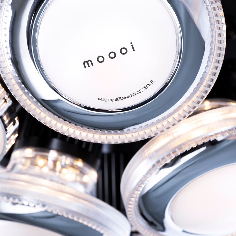 Moooi Iconic Eyes 85 Pendant Light Branding Detail