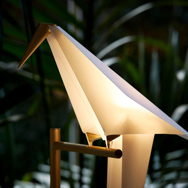 Moooi Perch Light Floor Lamp by Umut Yamac Light On Detail