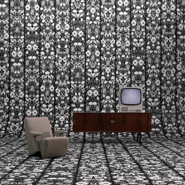 Withered Flowers Black Wallpaper by Studio Job Roomset