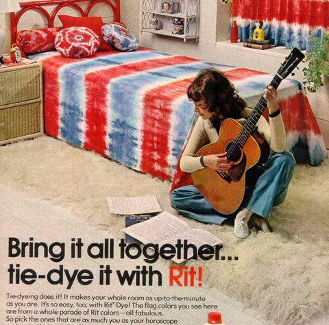 1967 print ad for Rit dye advertising interior decorating with tie dye