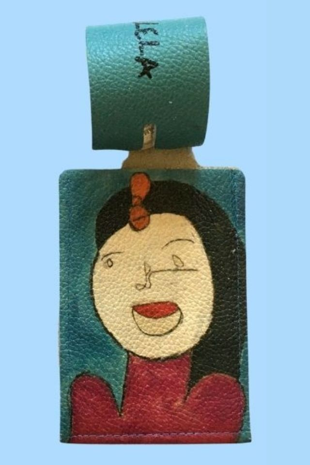 Brunette Luggage Tag