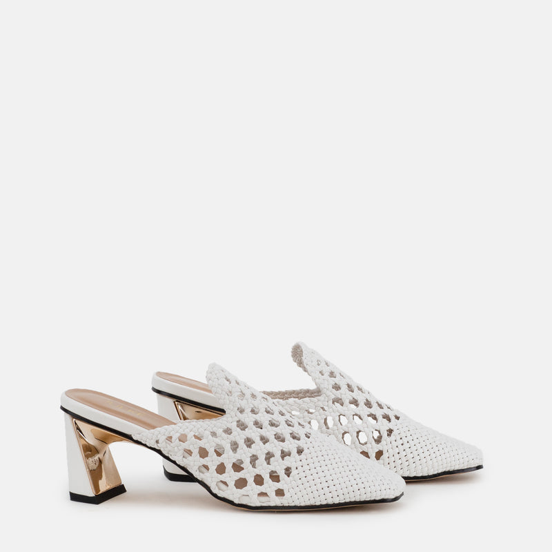 Darcy-Women shoes-Block heel-White-Three Quarter View-JULKÉ