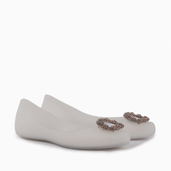 Nell - Flat Jelly shoes for women in white color - Julke