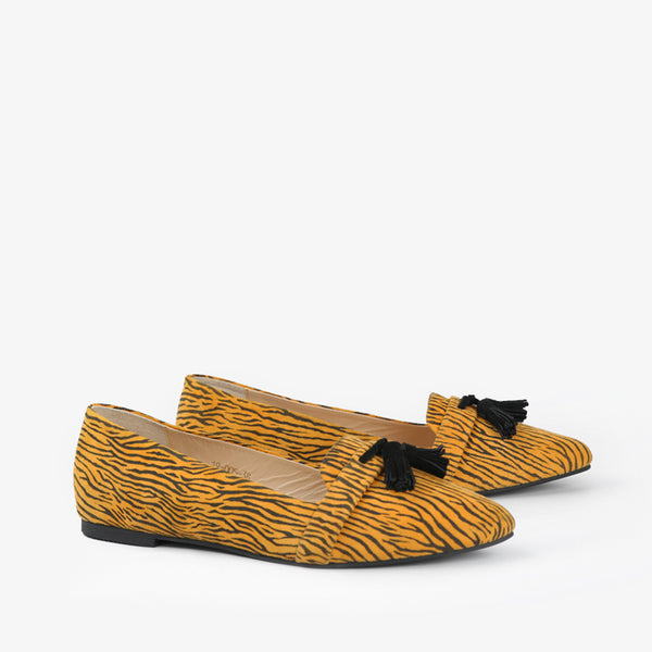Zephyr-Women shoes-Moccasins-Flat Shoes-Yellow-Three Quarter View-JULKÉ