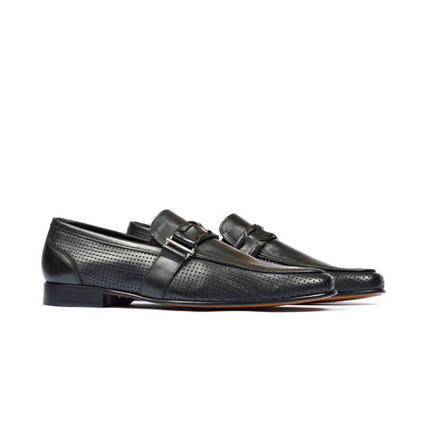 Macson - Mens slip on shoes in black color - Julke