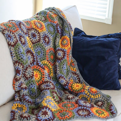 Blankets Seasonal Hand-Crocheted Woolen Blanket WO029