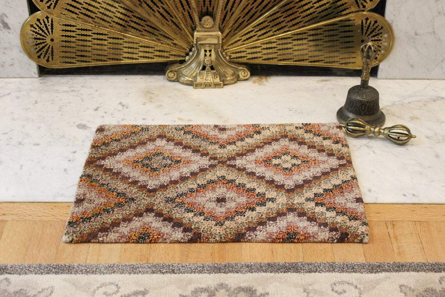 Carpets Small Geometric Tibetan Meditation Rug 02 CR064