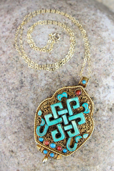 Gau Endless Knot Thai Vermeil Gau Locket GA089