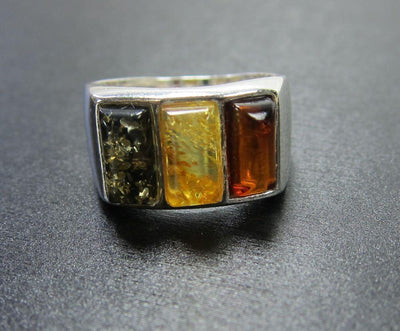 Jewelry 5 1/2 3 Jewels Amber Ring jr145half